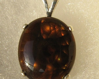 Genuine fire agate 7.4 ct & 925 sterling silver pendant