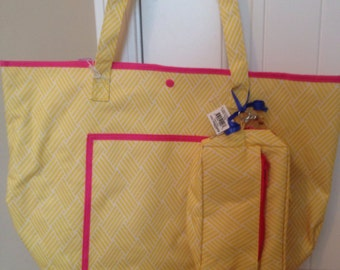 SALE!!! Monogrammed tote with matching wristlet!!!