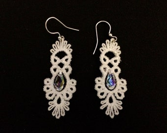 Lace Chandelier Earring with Beaf