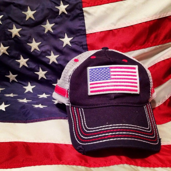 392dd239fe5 USA Stars And Stripes Letters Design Ball Cap HAT United States Tan Men s    Women s   Unisex Adjustable Velcro Backing   One Size Fits Most Has a Rigid  Duck ...