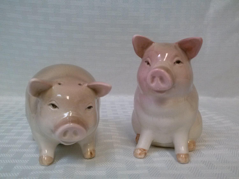 OTAGIRI Pig Salt and Pepper Shakers 1982 Japan