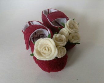 It's a Rose Garden Baby Shoes