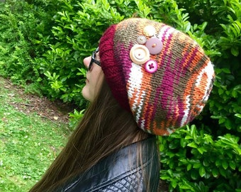 Cosy and warm chunky slouch hat.