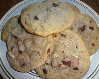 Ultra Chewy Homemade Bacon Chocolate Chip Cookies (30 Cookies)
