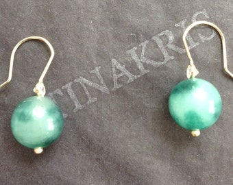 14k solid gold and 10mm round  banded jade beads earrings, with white sparkly cubic zirconia