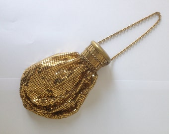 1920's Whiting and Davis Accordion Purse