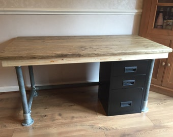 Reclaimed Scaffold plank urban industrial desk and drawers  5ft x 3ft