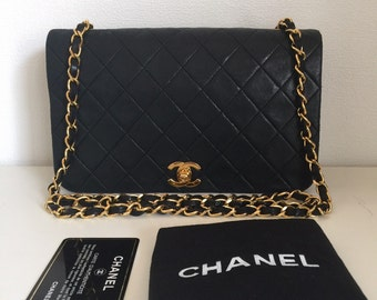 Sold out----Chanel chain shouder bag black quilted lambskin flap