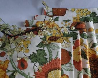 1970 Vintage Linen Napkins Bright Floral Retro Dining