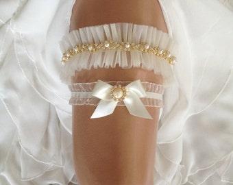 wedding garter set, tulle bridal garter set,  bow, pearl/rhinestone/gold