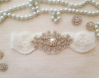 wedding garter, ivory lace bridal garter,  pearl/rhinestone
