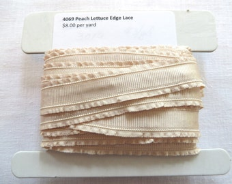 Double Lettuce Edge Trim 4069