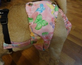 Female Dog Diaper That Stays On! Attaches To Any Harness(Not Included). The Pad Can Be Changed Without Removing The Diaper
