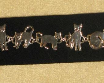 Vintage silver color cat bracelet mint