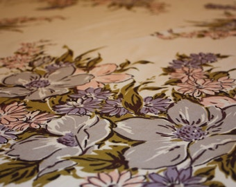 Beautiful Floral Printed Simtex Vintage Tablecoth