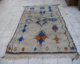Beautiful Ivory Azilal rug 7