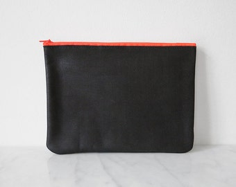 DISCOBAG black, a little clutch made from leather