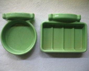 Set ceramic green, mint 1940/50 SOAP dish, glass door, bedroom bath.