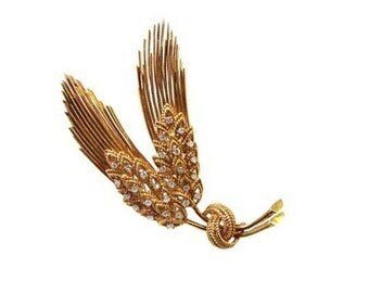 1960's Vintage 18K Gold And Diamond Brooch