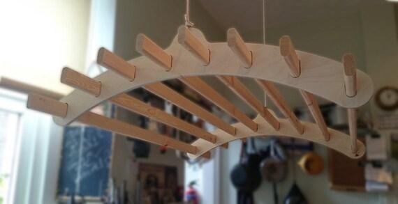 8 lattes en bois suspendus v tements etendoir par for Seche linge suspendu poulies