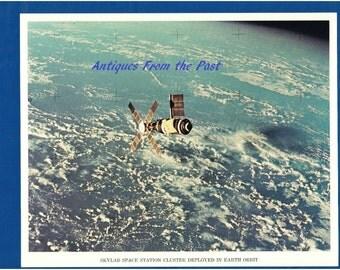 1974 NASA Original Press Release Photo jscl-108, Skylab Space Station Cluster Deployed in Earth Orbit