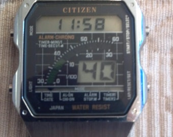 CITIZEN LCD Digital Watch 1970s Awesome Vintage