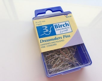 Birch Dressmakers Pins - Fine & Standard Length 26 x 65 mm