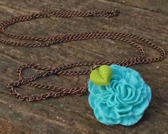 Long blue flower necklace