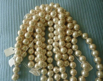16 mm glass pearls, round