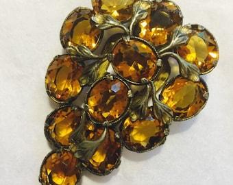 Vintage Rhinestone Fur Clip/Brooch /Antique Rhinestone Dress Clip/ Brooch / Vintage Jewelry/ Costume Jewelry