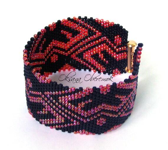 Red Rose bracelet Beaded cuff Wide beaded bracelet Beadwork jewelry Ukrainian jewelry