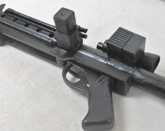 Full size 1 of a kind Stormtrooper E11 Blaster MPR. Prop/cosplay