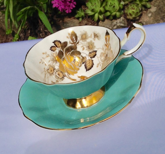 Vintage Gold Teacup and Saucer, Queen Anne English Tea cup, Bone China Tea Cup, Antique Teacup