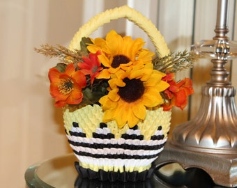 "Spring Basket Home Accessories   3D Origami Paper Bumblebee Flower Basket   Homemade ""B.B.NEN"""