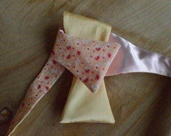 Double-Sided Pastel Pink & Yellow Floral Bow Tie
