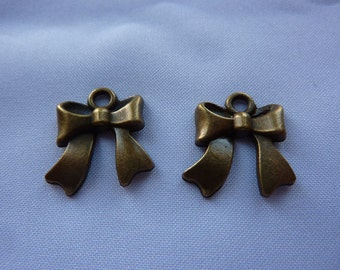 18mm Antique Bronze Ribbon Bow Charms (set of 2)