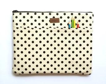 MacBook Cover, MacBook Pro Cover, MacBook Pro Retina, MacBook Pro Sleeve 13, MacBook Sleeve 13, Laptop Sleeve Case- Black & White Polka Dots