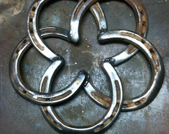 Items similar to i love u made out of old horseshoes for Things to make with old horseshoes