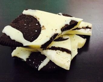 1 pound White Chocolate Oreo Bark