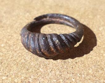 Antique bronze ring CA 11-13 DA!
