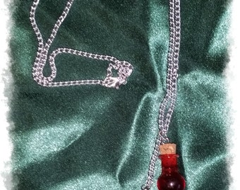 Necklace mana and health potions