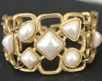 Vintage AVON Jewelry Gold Plated Bracelet Open Worked Geometric Design Faux Pearls Bracelet Five Sections Signed Excellent Vintage Condition