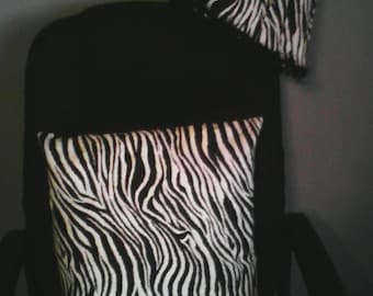 zebra print lamp shade with 1 bed pillows
