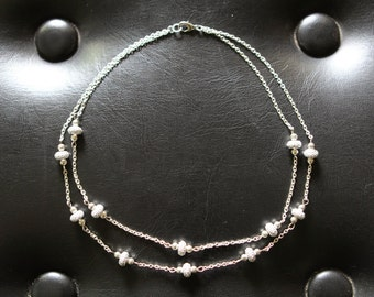 Silver sparkles chain necklace