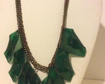 Forest green resin unique short chunky link necklace