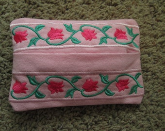 Pink Tissue Holder