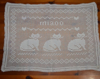 Vintage doily cats years 70