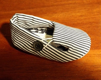 Navy & White Stripe Loafers Toddler Shoes Size 9-12 mths