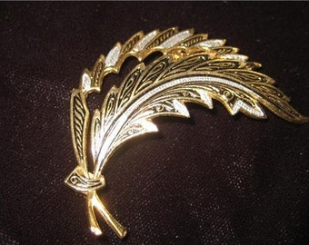 Damascene Leaf Brooch, Vintage RARE,RARE,RARE   Vintage 1950's Spain