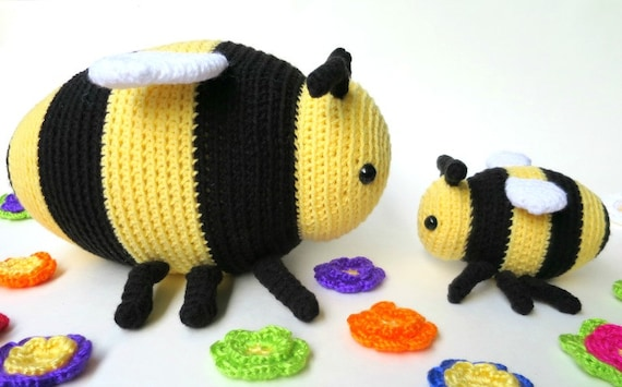 Easy Amigurumi Cat Pattern : Bee amigurumi patterns - two bumble bee patterns, large ...